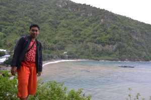 Asrinya pantai disepanjang jalan lintas trans Sulawesi